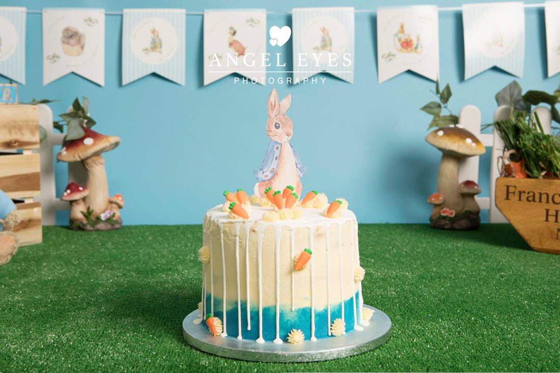 """peter rabbit cake smash"" ""photographer yeovil"" ""yeovil photographer"""
