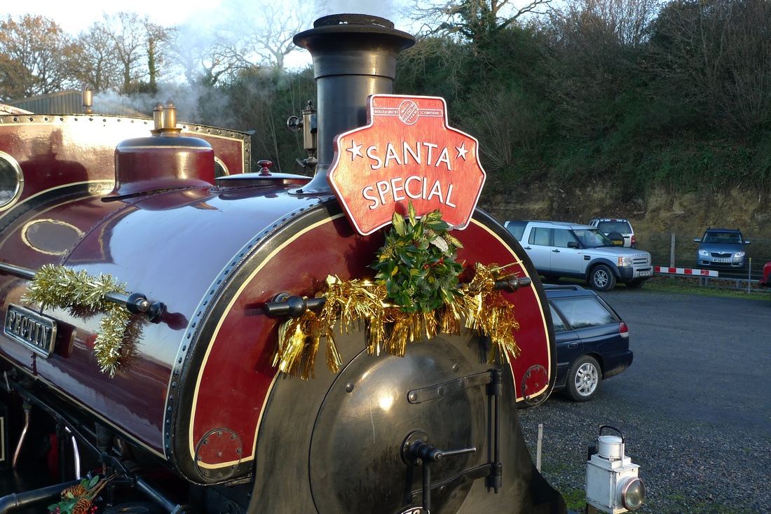 santa specials at yeovil railway centre