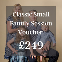 Classic small family Session Voucher  £249 (1)