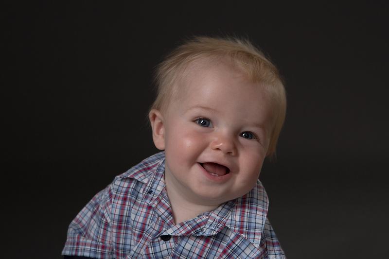 Jack's 6 month session - photographer yeovil